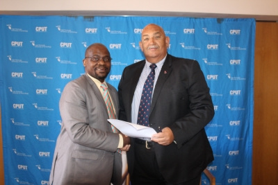 Dr Chris Nhlapo, WPRFU President Thelo Wakefield sign the Memorandum of Understanding for the local schools to use CPUT's facilities.
