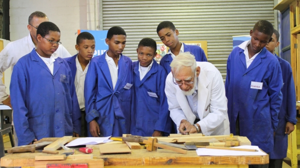 OUTREACH: CPUT Wellington Library in collaboration with the Faculty of Education and the Wellington Public Library hosted a community outreach event at the Wellington Skills School. Here lecturers Christopher Jacobs and Jacobus Fortuin present a woodwork skills development workshop
